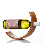 D222-Crescent-Wine-Holder-Model